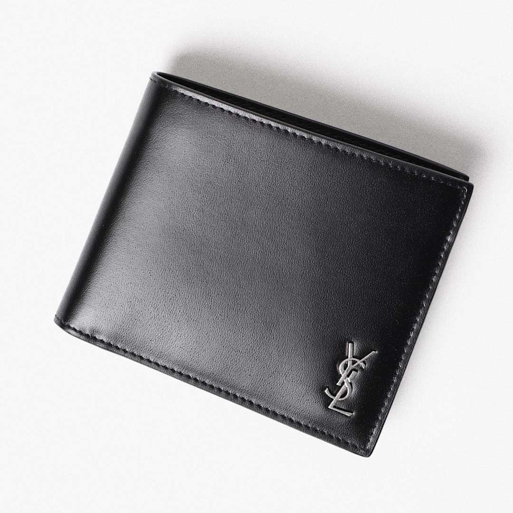 man-accessories-wallets-billfolds